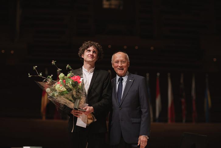 Fejérvári Zoltán és a verseny elnöke, André Bourbeau