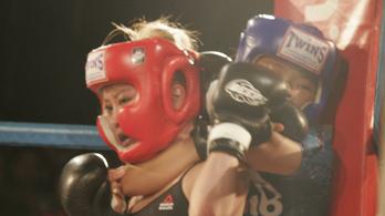 Fojtással nyerte első meccsét a 12 éves MMA-s