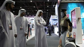Robotszázadot állít fel a rendőrség Dubajban