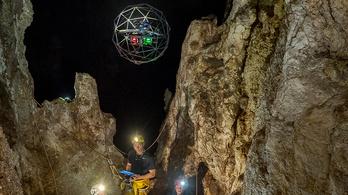Tiszta Prometheus: szkennelő drónokkal térképezik fel Szicília barlangjait