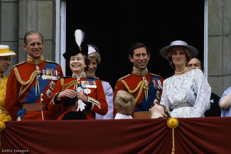 A brit királyi család tagjai, lévén, ők a brit királyi család tagjai, kifinomult életvitelt folytatnak, furán is néznénk rájuk, ha nem így tennének