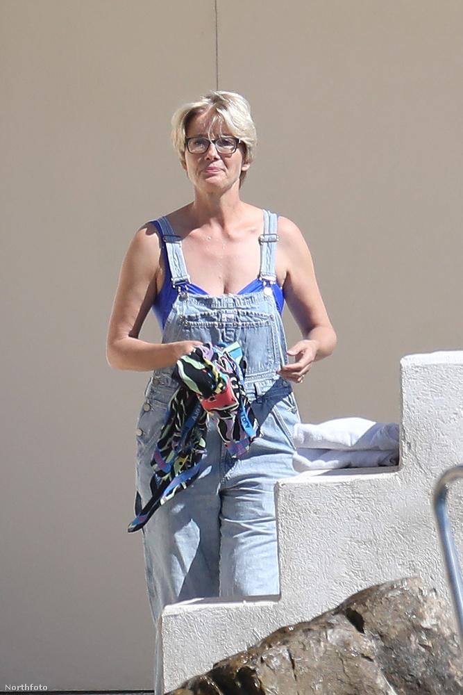 Engedje meg, hogy Emma Thompson segítségével megmutassuk önnek, hogy néz ki egy olyan nő a strandon, mint ő.