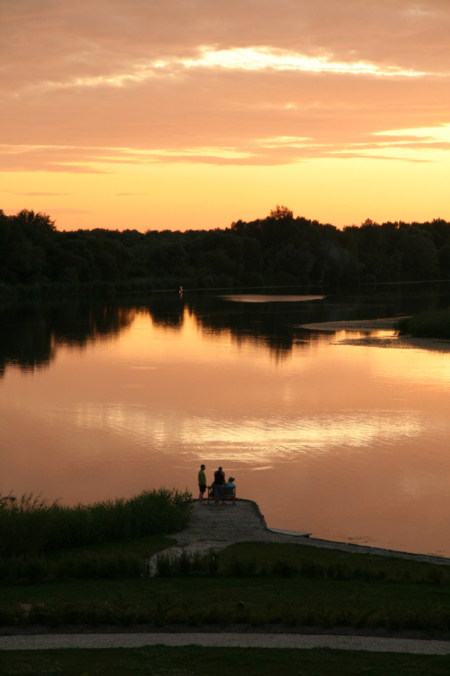 Naplemente a Tisza-tónál - képzelje el, hogy a háttérben szopránok énekelnek