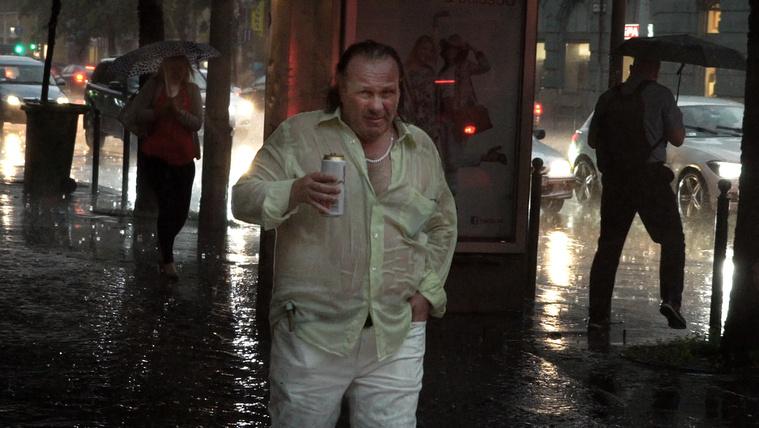 Íme, a káoszba fordult Budapest rendíthetetlen nyugalma