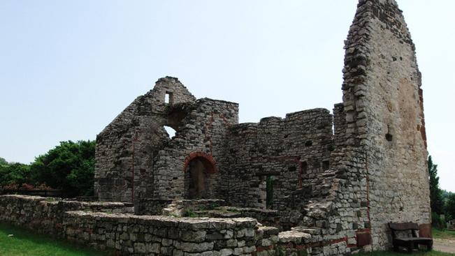 Meseszép várromtúrák a Balaton körül
