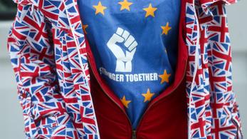 A brit fiatalokat elkezdte érdekelni a politika