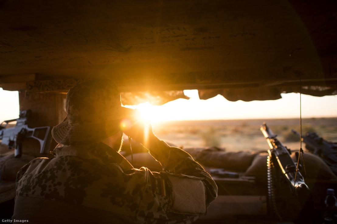 Járőrözés az ENSZ MINUSMA missziójának keretein belül 2017-ben Maliban