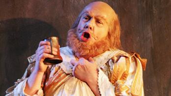 Kicsit jobb hely lett a világ, most már italozhat az operában!