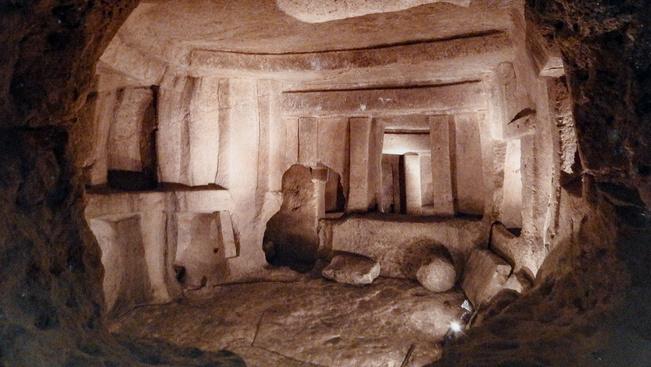 Újra megnyílt Málta neolit kori, háromszintes sírboltja a látogatók előtt