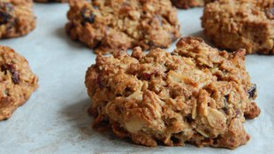 Szuper reggeli: kókuszos áfo-nyás granola és granola keksz