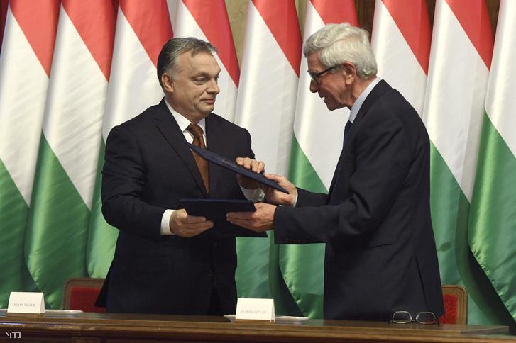 Orbán Viktor és Almási István Hódmezővásárhelyen