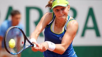 Az első körben tönkreverték a női világelsőt a Roland Garroson