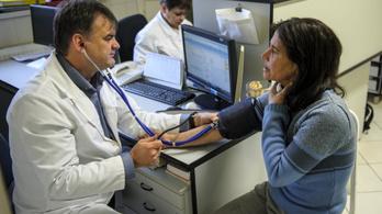 Több mint 440 ezer embernek nincs állandó háziorvosa