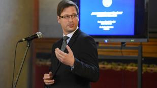 Módosítja a Fidesz az ügynöktörvényt