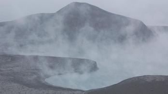 Kitört egy alaszkai vulkán, veszélyben a légiközlekedés