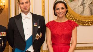 Katalin hercegné és Vilmos friss családi fotóján minden nagyon furcsa