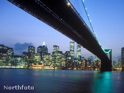 A tett színhelye: a Brooklyn híd