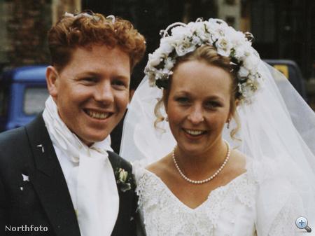 Esküvői fotó 1996-ból