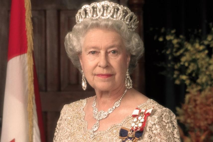 Erzsébet királynő tavaly megdöntötte üknagyanyja uralkodási rekordját - 23 226 napot, 16 órát és 30 percet töltött a trónon.