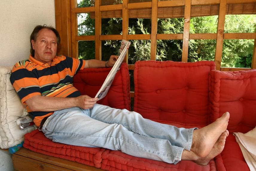 A 65 éves énekes súlyos betegsége előtt