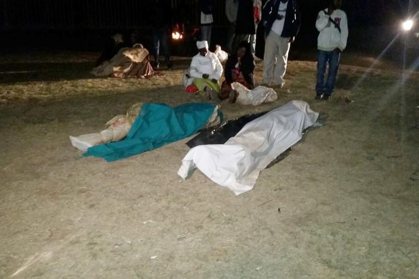 Végül a második holttestet is a felszínre hozták, erről videó is készült, amit ide kattintva megnézhetsz.