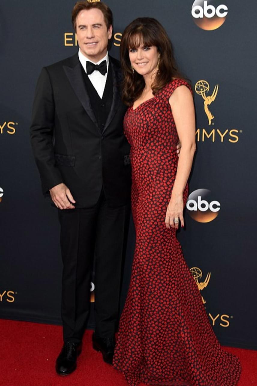 A '90-es évek álompárja még most is kitart egymás mellett. John Travolta és Kelly Preston még ennyi év után is odavannak egymásért.