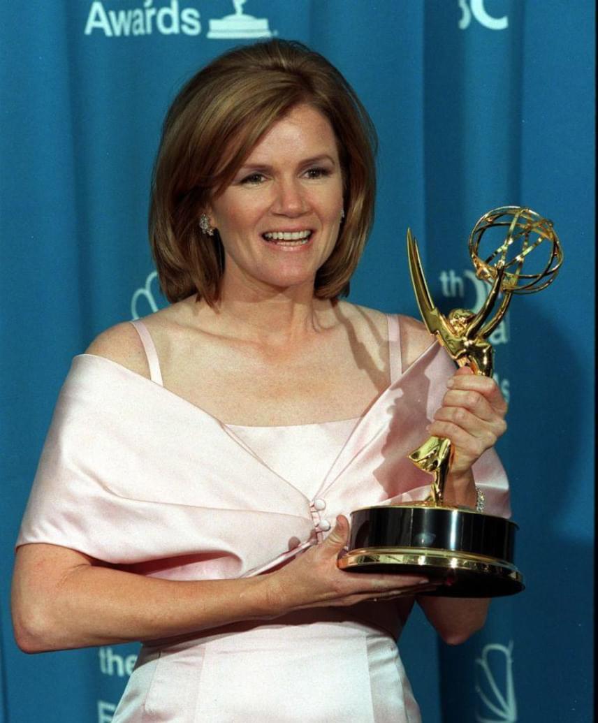 1998-ban megkapta az Emmy-díjat a George Wallas című sorozatban nyújtott alakításáért, de jelölték már Golden Globe-díjra és Oscarra is.