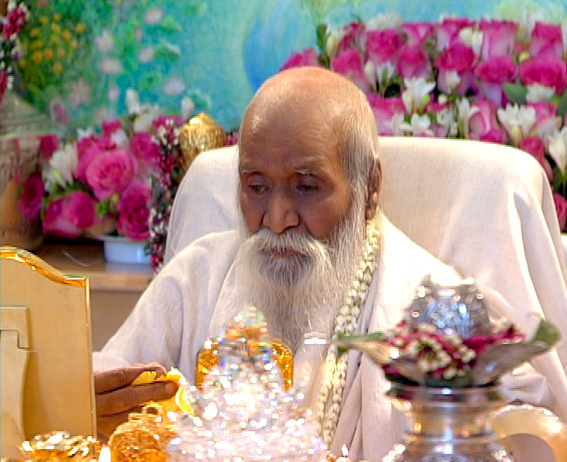 Maharishi Mahesh Fotó: Global Good News