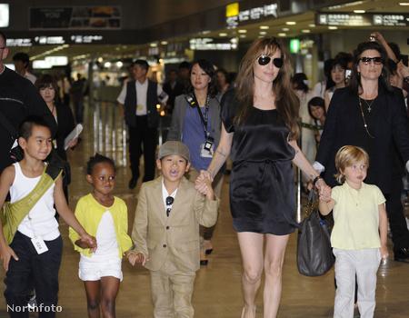 Angelina Jolie és a gyerekek