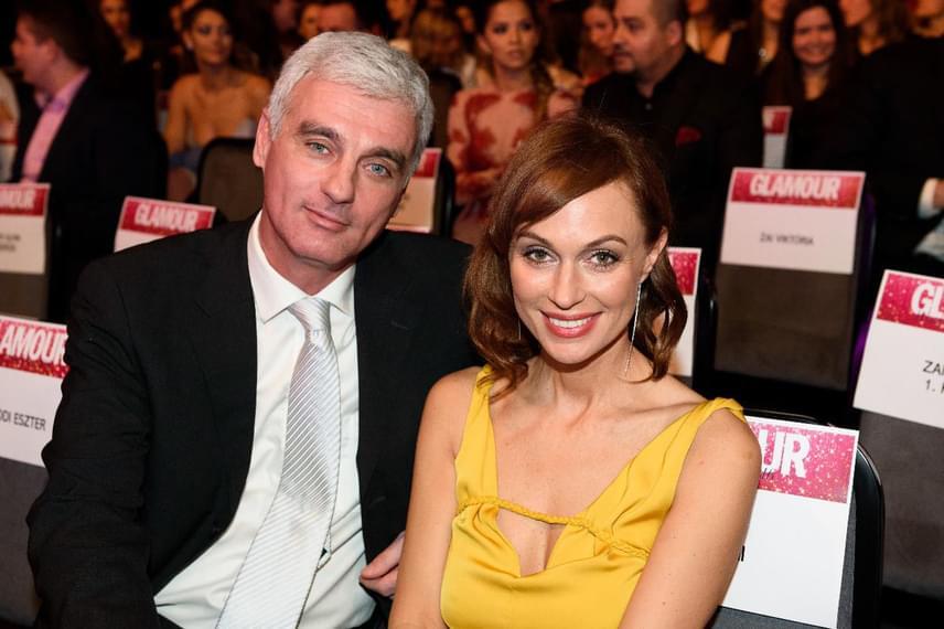 Az RTL Klub híradósa, Szellő István és a csatorna sorozatában, a Barátok köztben is szereplő gyönyörű színésznő, Gubík Ági másfél éve alkotnak egy párt. Az RTL Klub 18. születésnapi partiján, tavaly szeptemberben, pár hónapnyi titkolózás után tették egyértelművé, hogy együtt vannak.