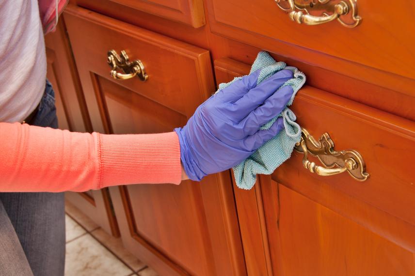 Bútor tisztítás házilag