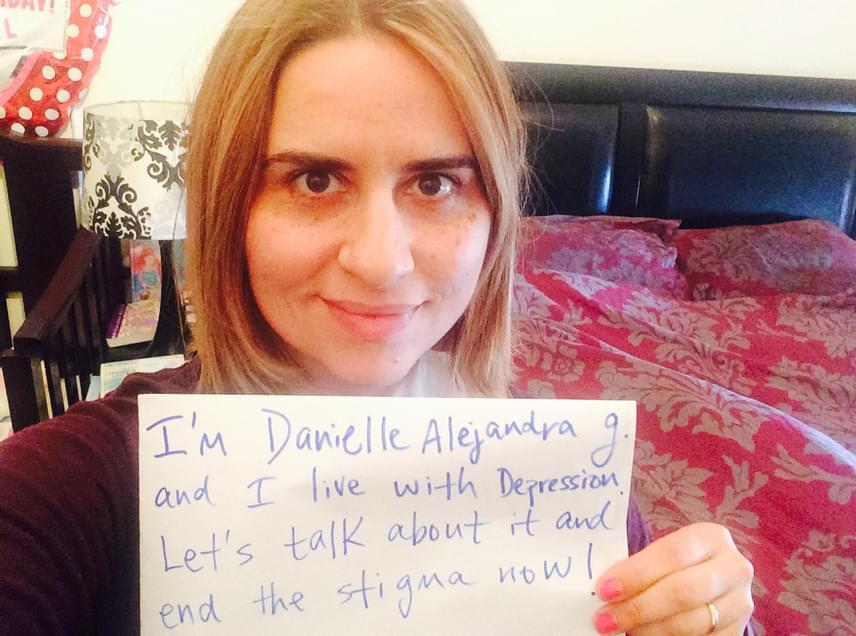 """""""A nevem Danielle Alejandra, és depresszióval küzdök. Beszéljünk róla, és vessünk véget a megbélyegzésnek most!"""""""