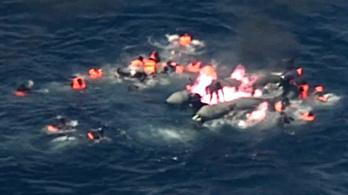 Menekültekkel teli csónak gyulladt ki a spanyol partoknál