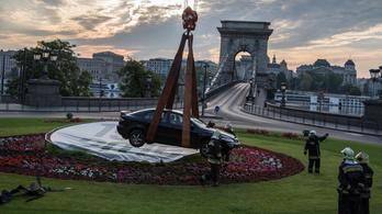 A 0. kilométernél ért véget a Mazda útja