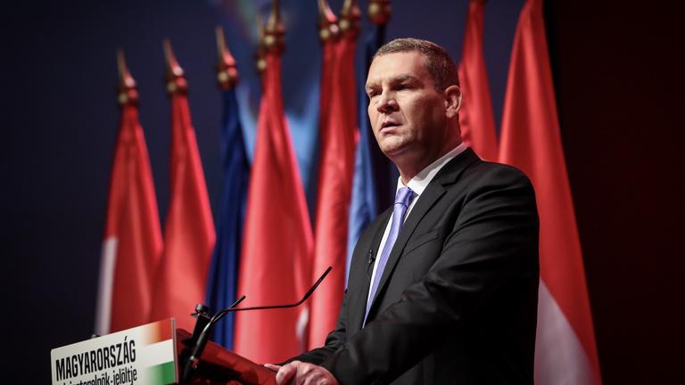 Botka László kiszállt: lemondott a miniszterelnök-jelöltségről