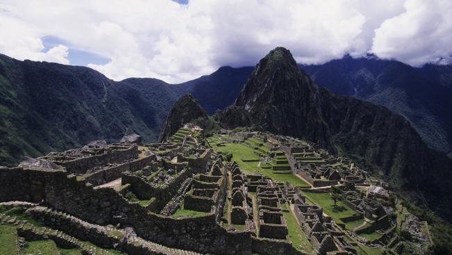 Két jegyet kell venniük a turistáknak, ha egész nap a Machu Picchut szeretnék csodálni