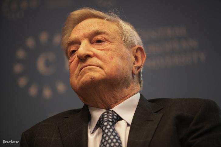 Soros György egy CEU-n tartott sajtótájékoztatón, 2011-ben.