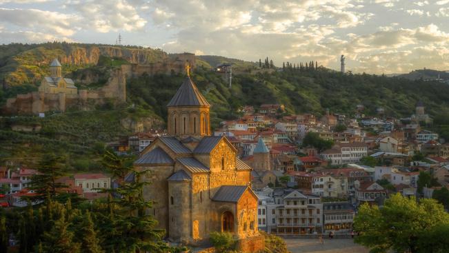 Olcsón új tájakra: júniusban irány az európai Ázsia és a mediterrán Magyarország!
