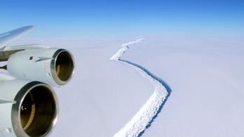 Már idén leszakadhat a gigantikus jégtömb az Antarktiszról