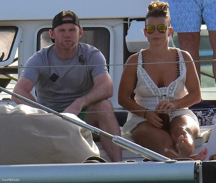 Szóval ilyen is lehet egy tök normális testű nő a strandon, és ugye milyen kár lenne, ha Coleen Rooney takargatná az alakját?Hamarosan újabb igazi nőt mutatunk be, addig pedigjó strandolást!