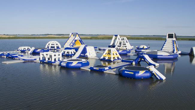 Katapulttal nyílik Közép-Európa legnagyobb vízi-játszótere Sarudon