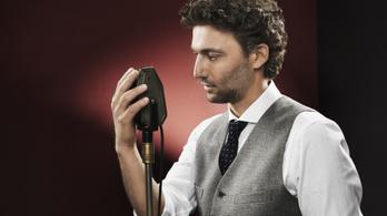 Ez a német az első számú olasz tenormacsó