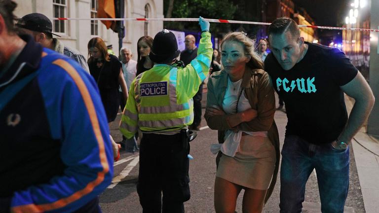 Terrortámadás Londonban: gázolás, késelés, hét halott, 48 sérült