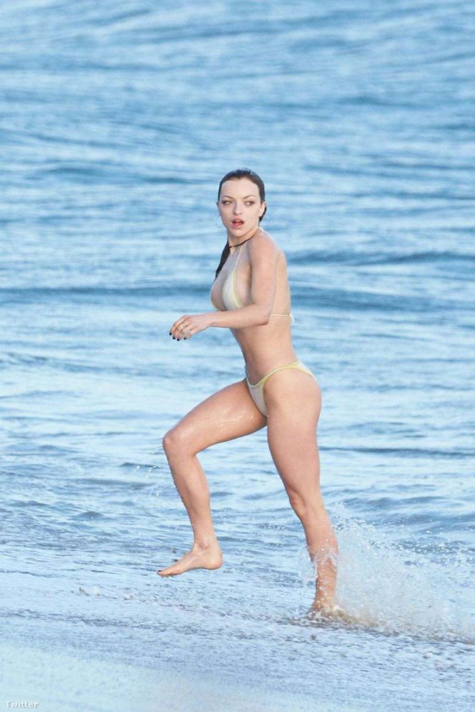 Clint Eastwood lánya bikinije a tökéletesség határát súrolja