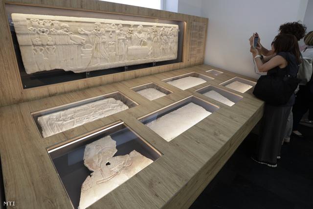 A szarkofágokat fogják többek között a múzeumban bemutatni