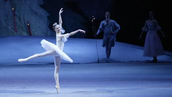 Magas, vékony, atletikus az új szuper balerina testalkat