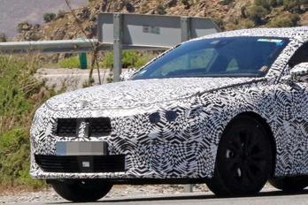 Kémfotókon a Peugeot új csúcsmodellje