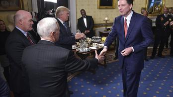 Trump tényleg azt kérte, az FBI engedje el az orosz ügyet