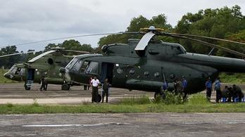 Lezuhant katonai repülő: holttesteket és roncsdarabokat is találtak