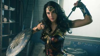 A Wonder Woman a közösségi médiában is tarol
